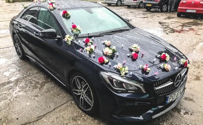 Dekoracje aut na ślub